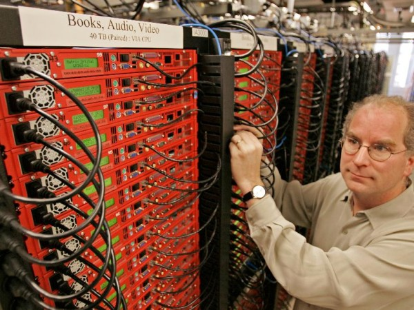 Internet Archive Servers in 2006: Image Credit-Ben Margot