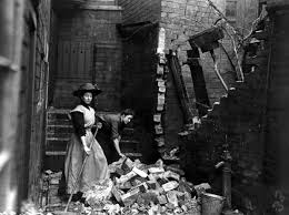 Photo Credit: Cheshirelieutenancy.org.uk. Image of a bombed house during World War One