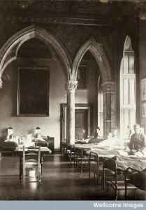 V0030789ETL Mount Stuart Royal Naval Hospital, ward. 1914-1919